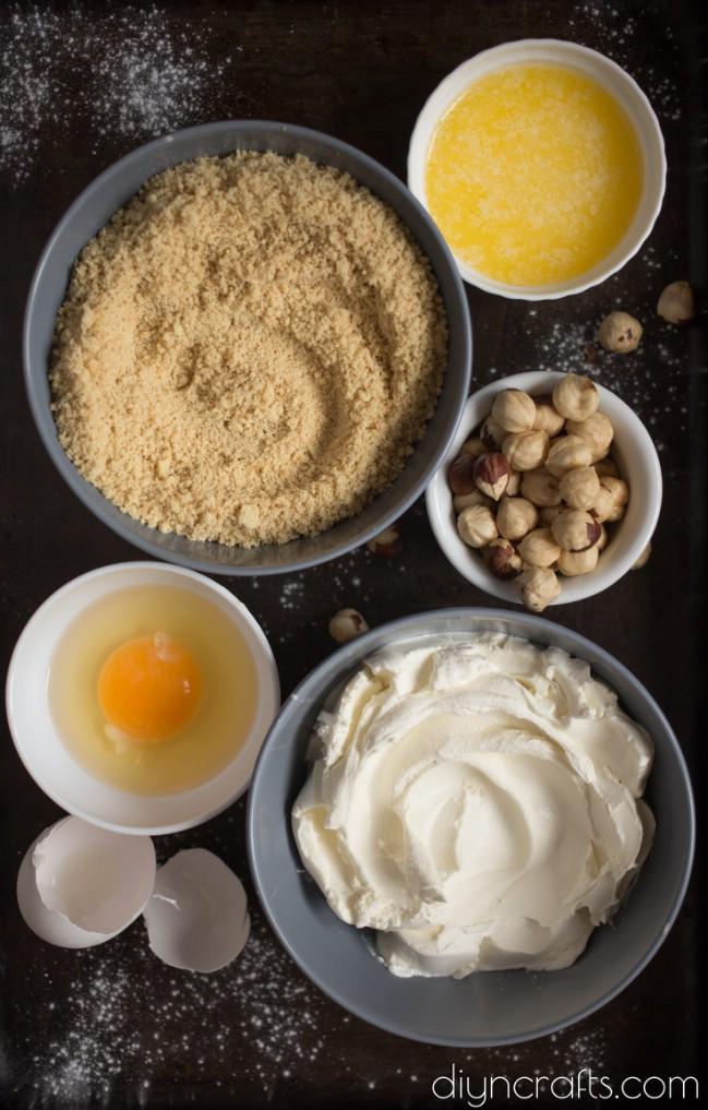 Diese Haselnuss-Käsekuchen-Riegel werden in Ihrem Mund schmelzen köstlich