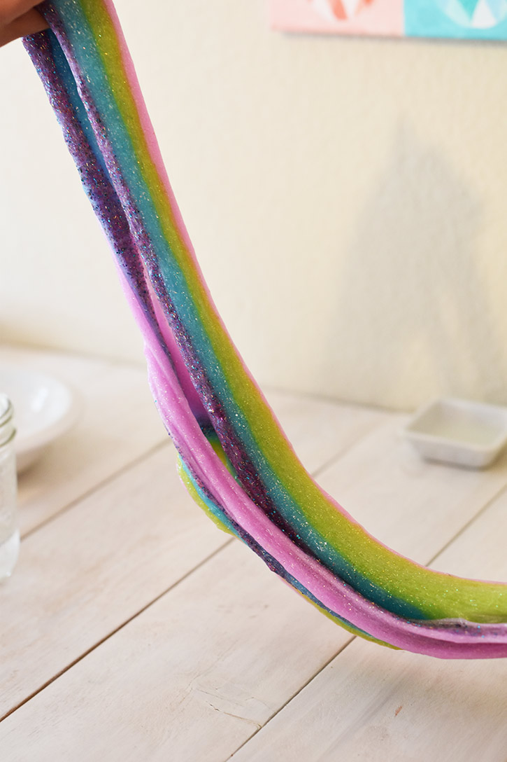 Wie man Rainbow Slime macht