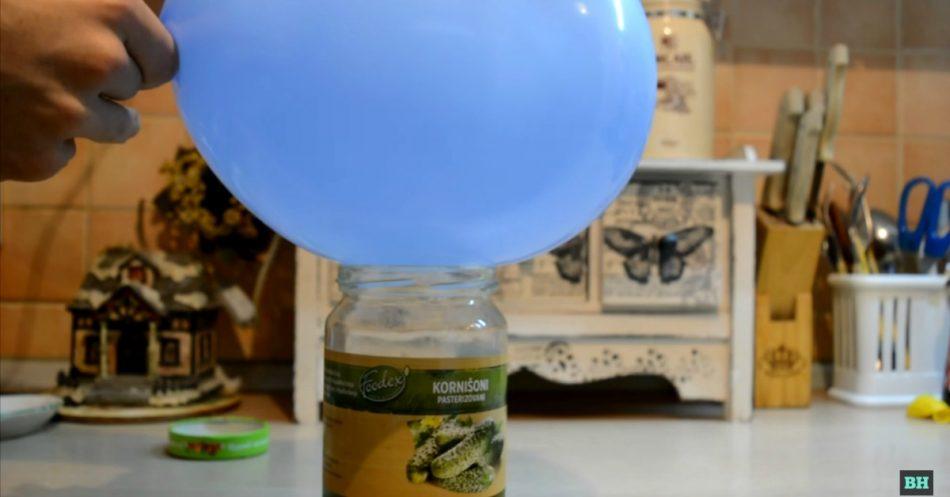 Brilliant Kitchen Hack: Wie man ein Glas versiegelt ... mit einem Ballon