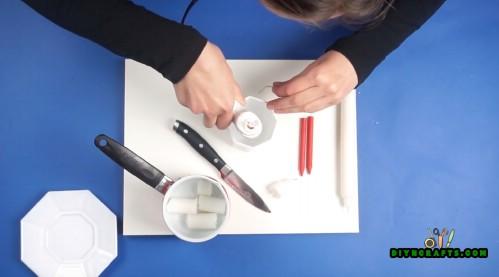 Wie man eine personifizierte Teacup-Kerze die einfache Art macht