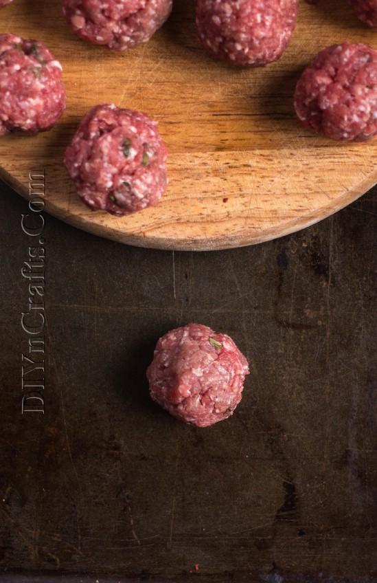 Serve diese schnell und einfach Fleischbällchen als Vorspeise oder Hauptgericht