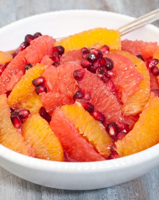 8 köstliche und vitaminreiche Winterfruchtsalate