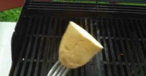 BBQ Hack: Schnelle Möglichkeit, einen Antihaft-Grill zu machen