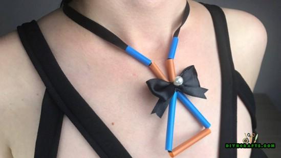 5 erstaunliche Stroh Projekte in nur 4 Minuten {Halskette, Rahmen, Armband, Kerzenhalter}