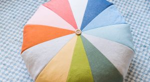 DIY Regenbogen-Boden-Hocker