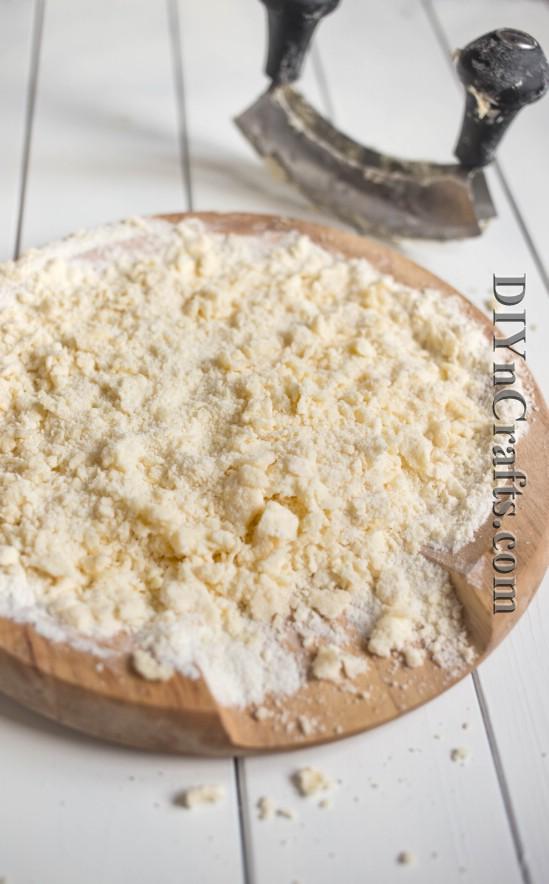 Dieser leckere Mandel-Käsekuchen ist ein cremiger und köstlicher Geschmack des Himmels