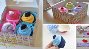 Entzückende DIY Baby-Geschenk-Idee: Wie man Onesies wie Cupcakes aufrollen