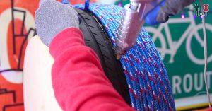Wie man einen erstaunlichen Osmanen aus einem alten Reifen und irgendeinem Seil macht
