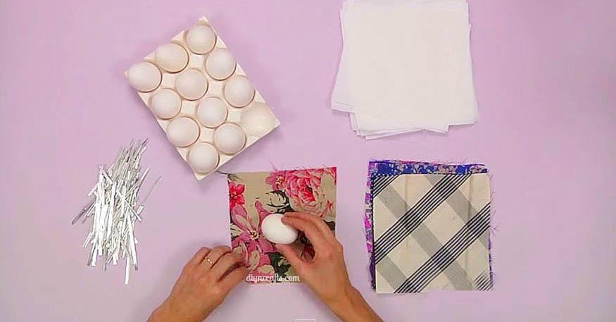 Unglaubliche Osterei Coloring Hack: Verwenden Sie Seidenquadrate, um Ihre Eier zu färben